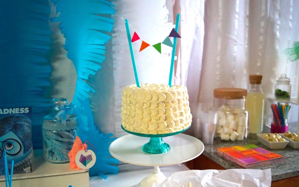 tarta Mesa dulce colores fiesta Inside Out