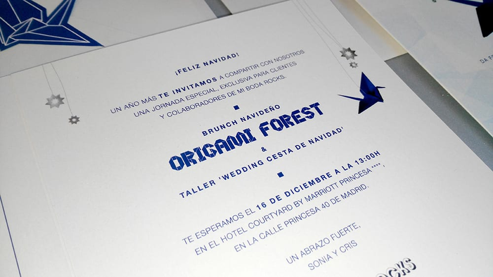 Texto invitación navidad para al brunch Origami forest con grullas de papel