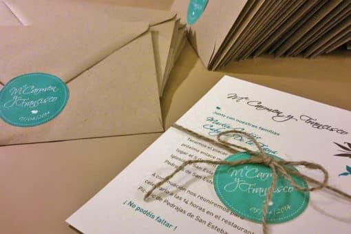 Papelería e invitación rústica