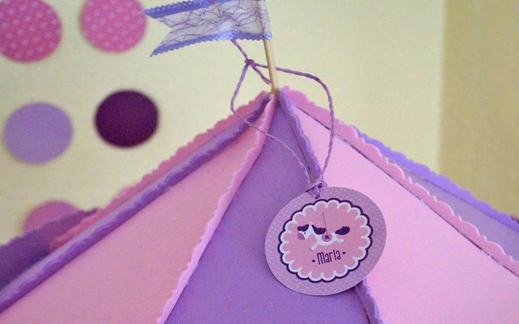 Mesa dulce carrusel pañales morado y rosa Baby Shower María