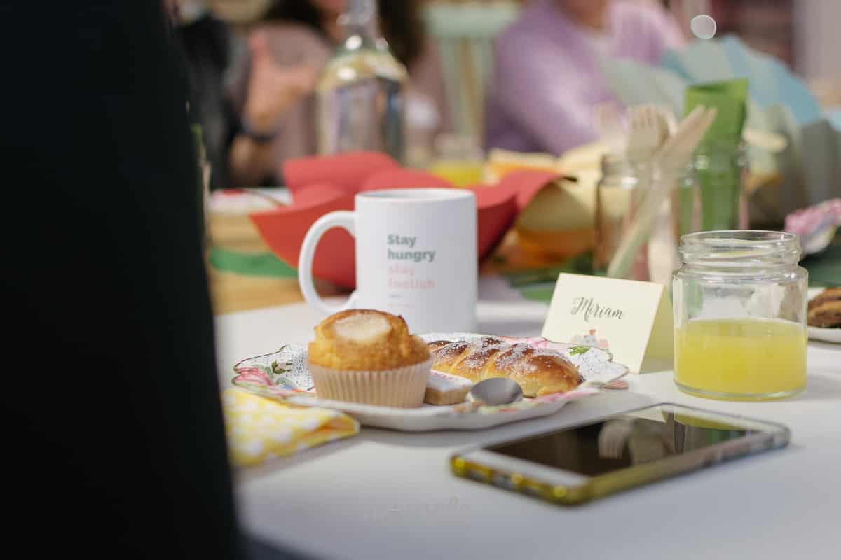 detalle Desayuno Casadas y Prometidas