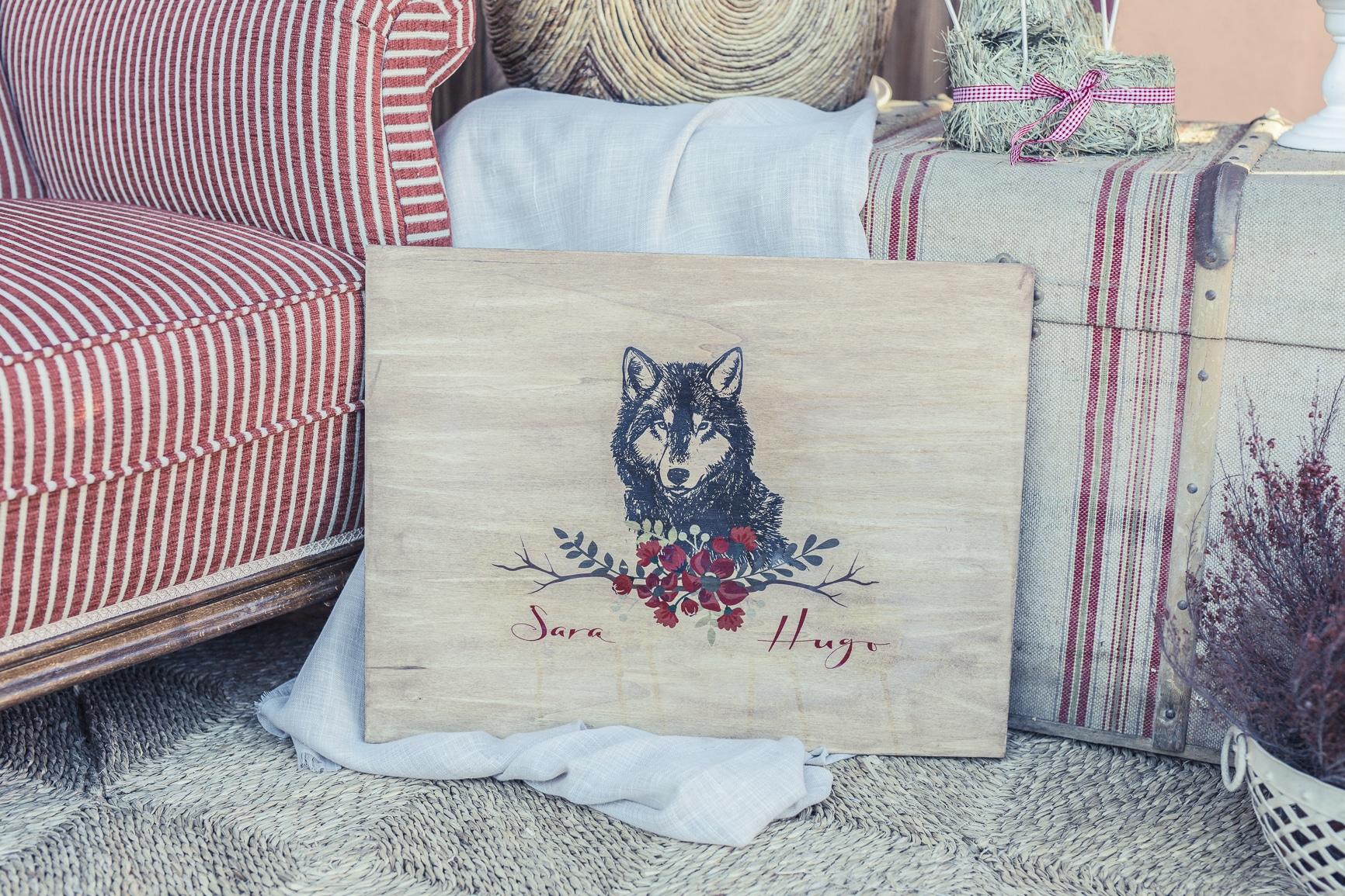 boda de cuento detalle cartel lobo caperucita