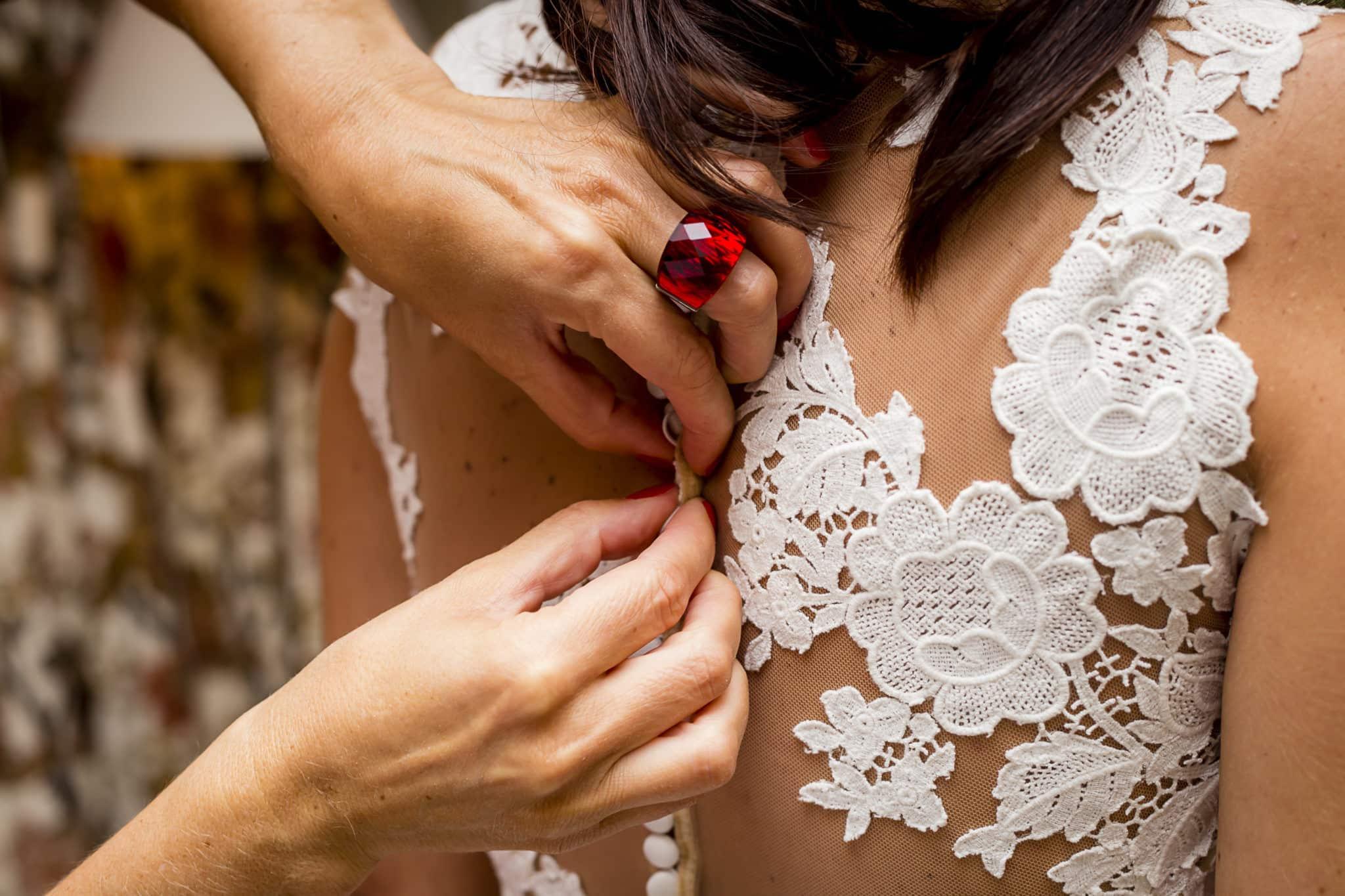 Detalle vestido novia ZAZUboda HyM