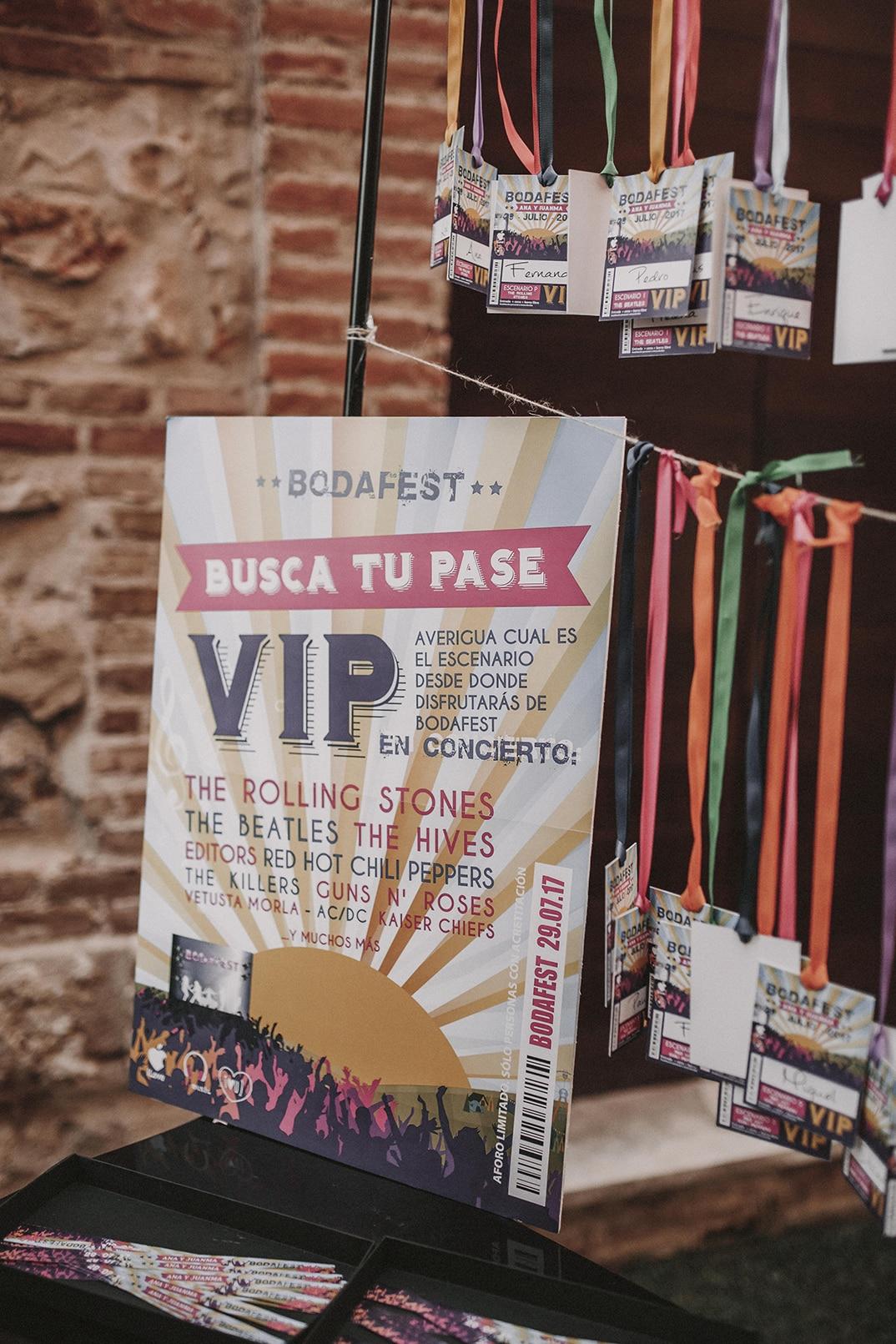 Cartel BodaFest Ana y Juanma foto ernesto villalba