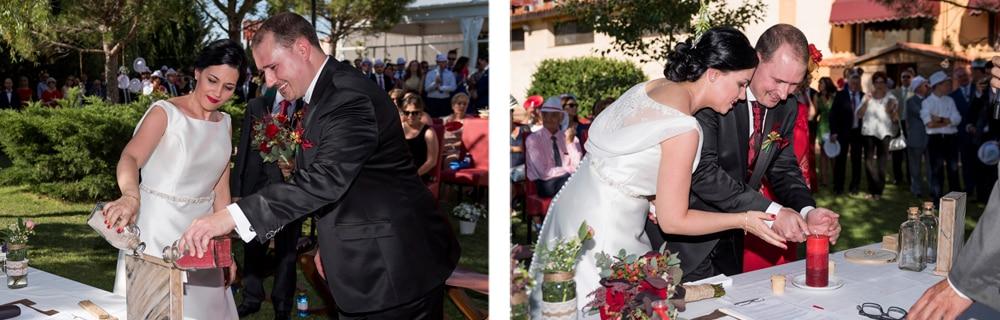 Ceremonia vela ceremonia arena boda ZAZU-boda-divertida-en-rojo-Segovia UNA BODA DIVERTIDA EN SEGOVIA