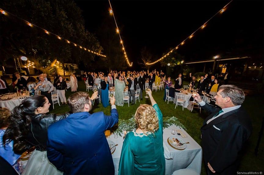 iluminación boda guirnalda