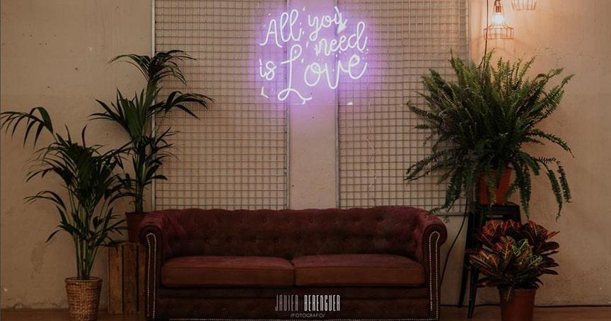 letreros-neon-boda-19-luciasecasa