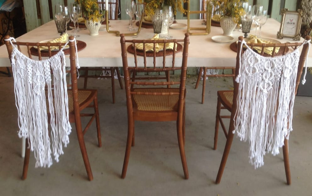 ideas para decorar las sillas de los novios 6 @myzali_new_macrame @abanik_rent_events