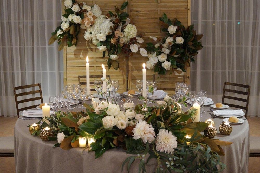 MEsa novios bodegón boda-elegante-y-moderna-en-dorado01
