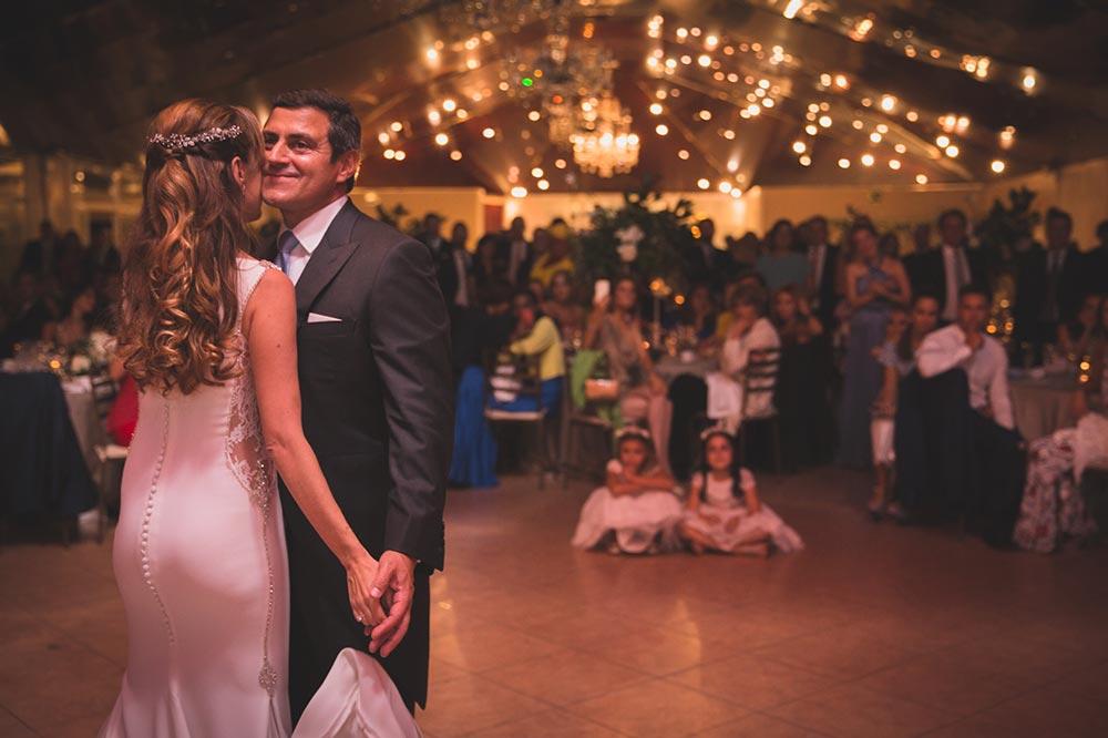 boda-elegante-y-moderna-en-dorado019