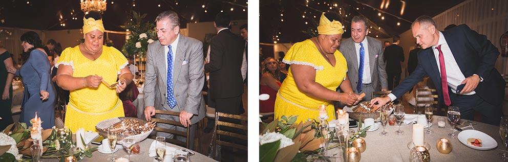 Lia liando puros en boda-elegante-y-moderna-en-dorado016 rincón de puros cubana