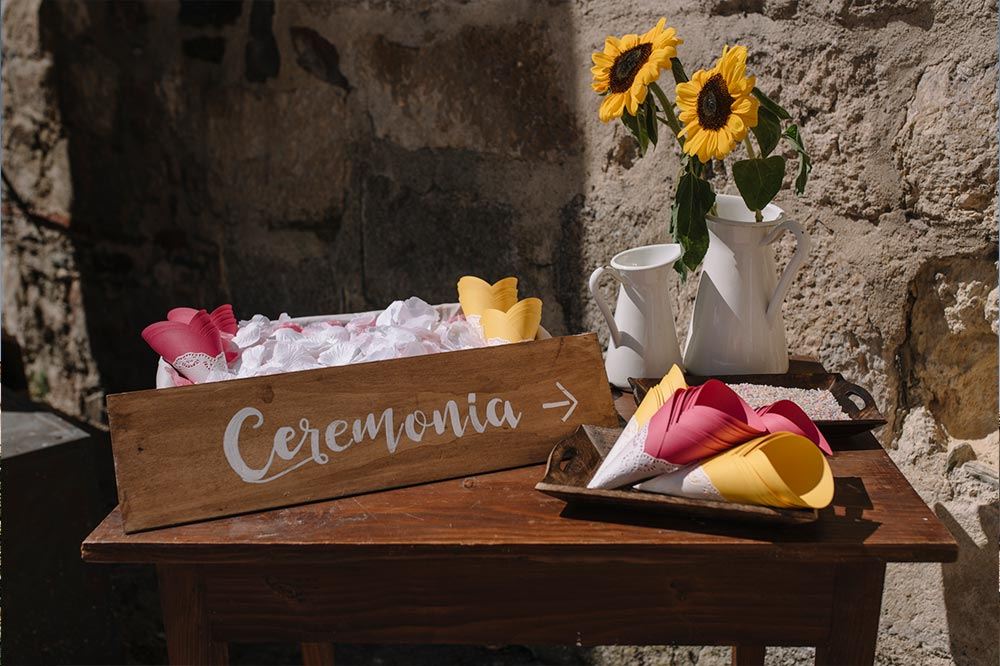 PREPARATIVO CEREMONIA boda-girasoles-amarillo-Segovia11