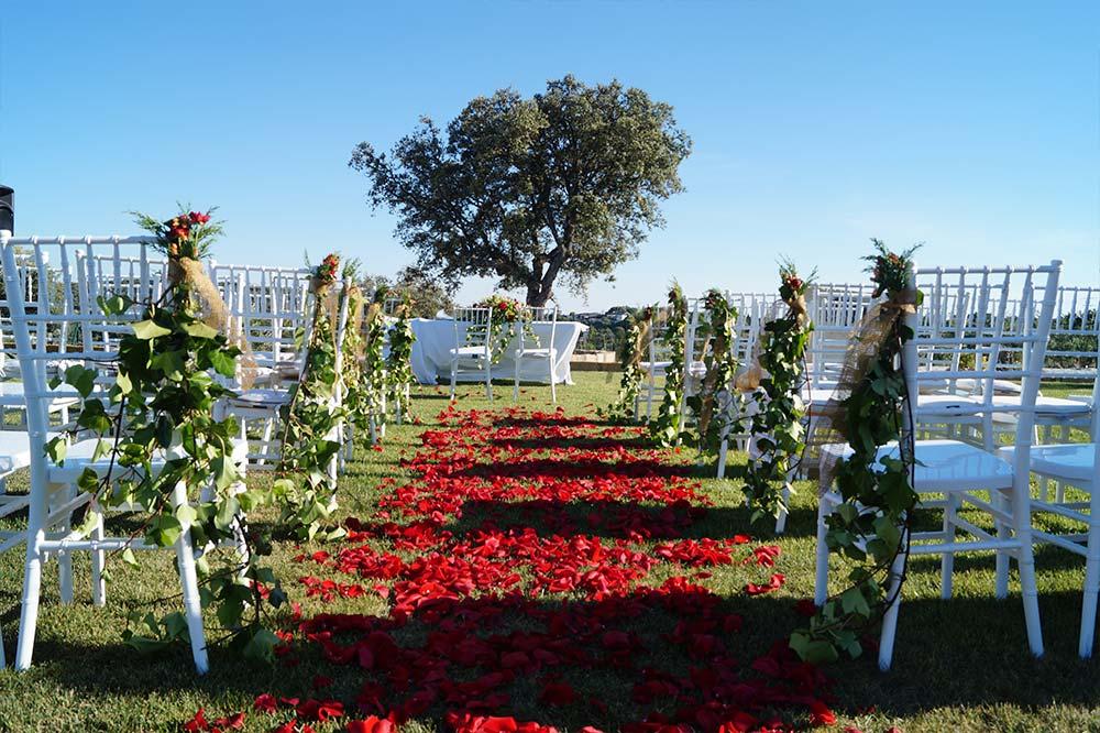 ceremonia decoracion-boda-tematica-cine-ByS23