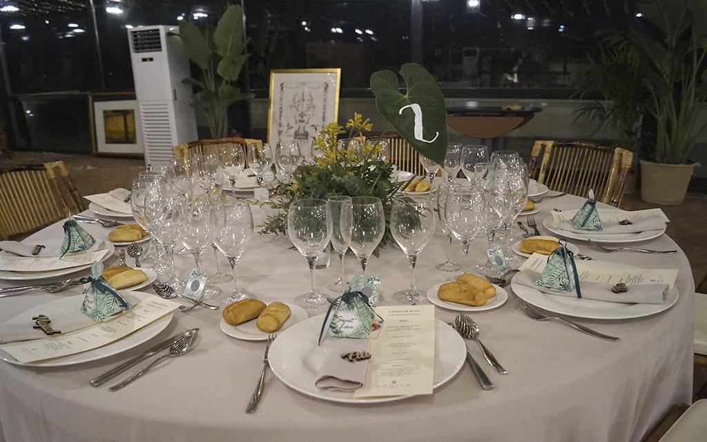 Banquete cortijo de mónico decoración Boda Memorias de África de