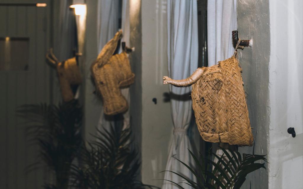 detalle Ceremonia cortijo de mónico decoración Boda Memorias de África de