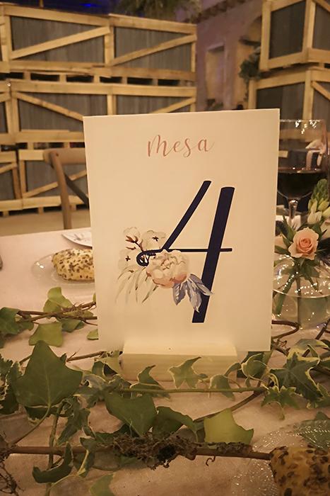 MeseroDiseño Invitación romántica boda el cascanueces