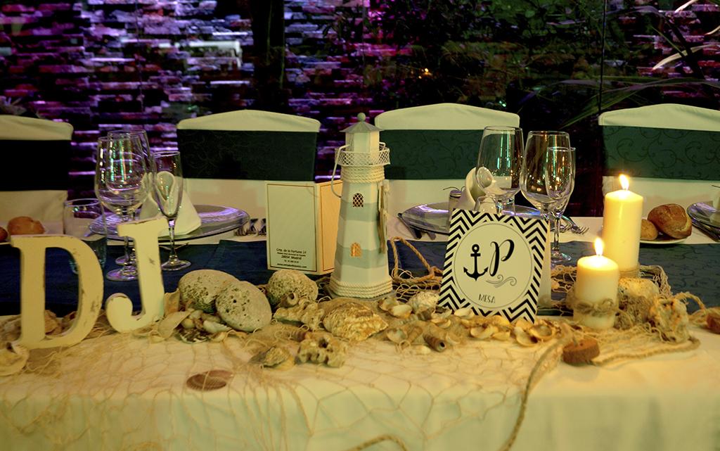 Tarjetón mesero boda Marinera o marítima